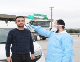 Osmaniye'de Şehir Girişlerinde Sürücü ve Yolcuların Ateşleri Ölçülüyor